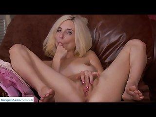 Piper perri fingers puffy pussy