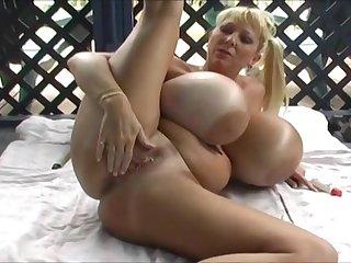 Maxi mounds sexercise