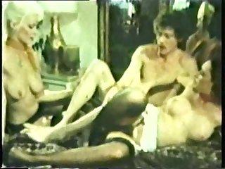 Peepshow loops 49 1970s scene 2