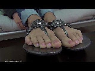 Jessica foot tease
