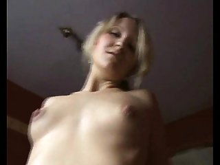 Hot girl gets fucked in ass