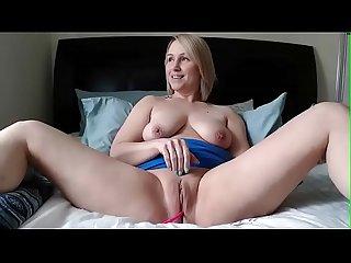 Mature horny mom masturbating on web