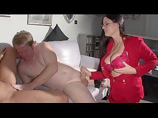 Kleine Hilfestellung von der Sex Nanny - Amateursex