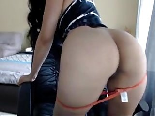 sexy brunette fingers ass on cam - lickmycams.com