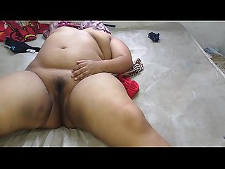 I masturbated my girlfriend a mexican chubby who also masturbates in The Video and let me record it