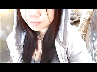 Asian amateur girl swallows cum in the park