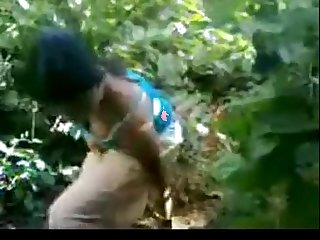 Indian ladki in jungle outdoor schoolgirl fucked hard