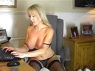 Your mommy plays with hot pussy for me cam19 org