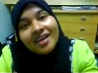 Hijab girl loves to suck cock and get cum in mouth and swallow