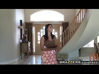 Brazzers - Mommy Got Boobs -(Nicki Hunter Lucas Stone Ramon)- Sorority Sex House