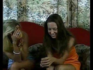 Marika & Lina