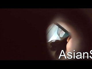 Peeping chinese girls go to The Toilet 1