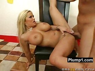 Petite hole hungry bbw squeezed and pounded