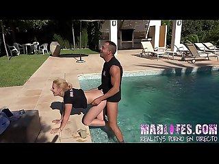 Madlifes com salva da silva y yarisa duran follabdo en la piscina