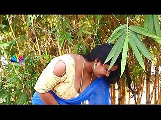 Sexy chubby bhabhi