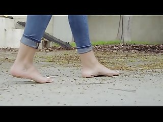 Cams4free.net - Stephanie's 22 Year Old Virgin Feet
