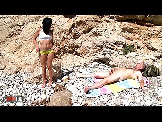 Mya Lorenn and Terry Kemaco anal sex and pussy squirting at the beach
