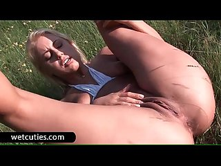 Cutie masturbating slit outdoors